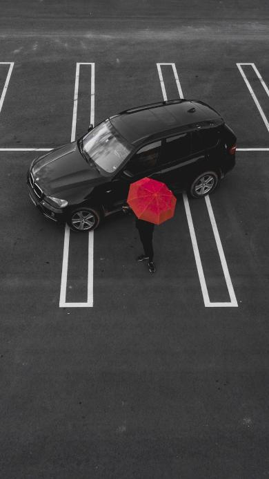 停车场 汽车 轿车 红伞