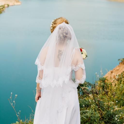 郊外 婚纱照 新娘 背影