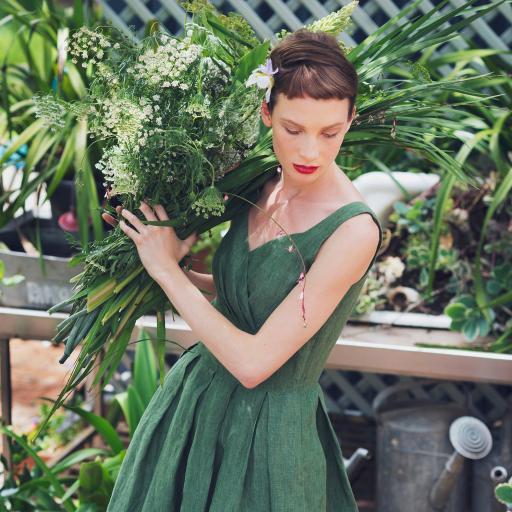 欧美美女 写真 气质 鲜花
