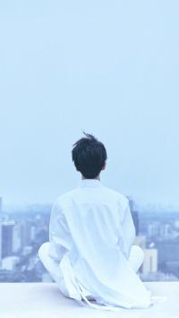王俊凯 背影 tfboys 蓝色 歌手 演员 明星