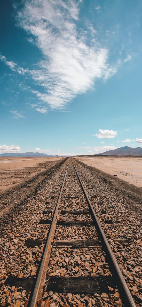 铁路 道路 铁轨 蓝天白云