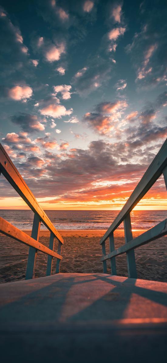 夕阳 云彩 路面 沙滩