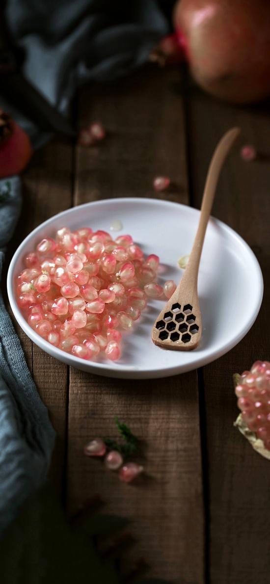 盘子 木勺 水果 石榴