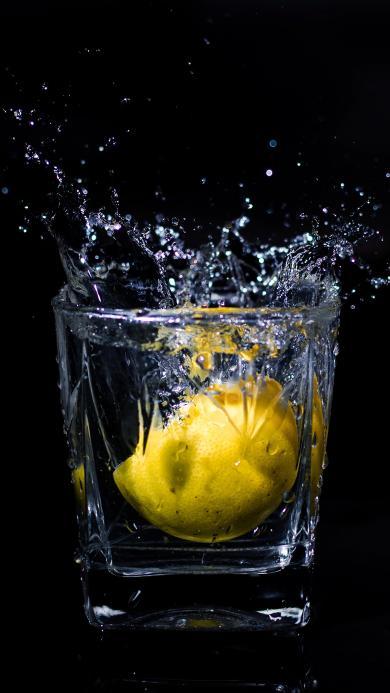 特写 柠檬 玻璃杯 水花