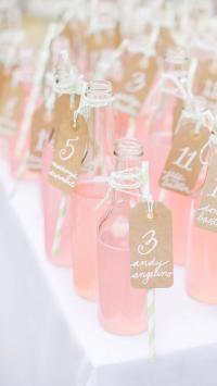 饮料 粉色 玻璃瓶 饮品 吸管