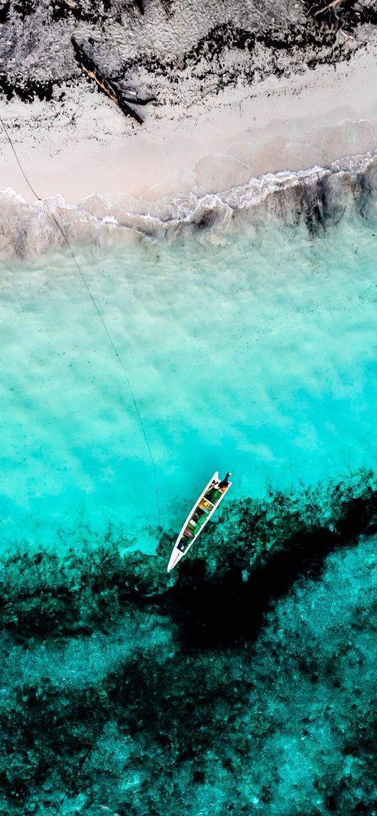 航拍 大海 湛藍 小船