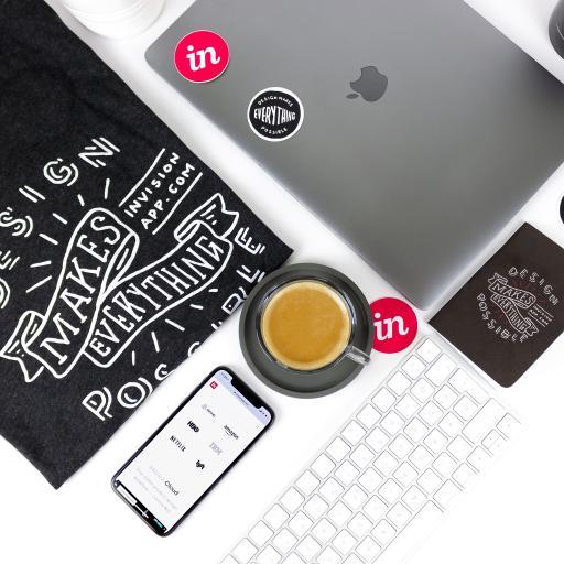 苹果产品 手机 笔记本 键盘