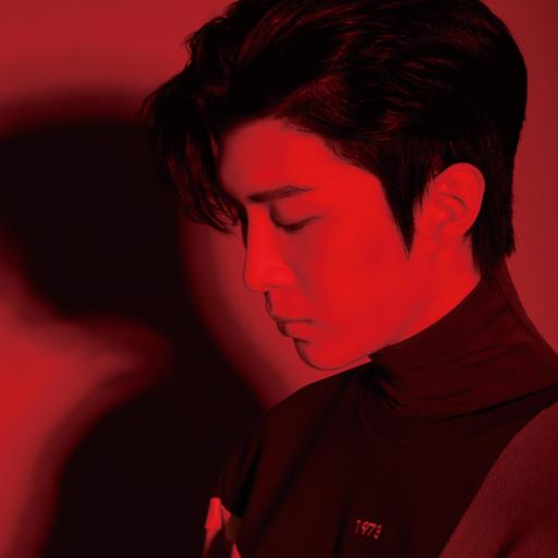 范丞丞 偶像 明星 艺人 时尚 红色