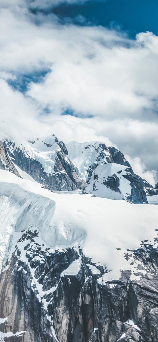 蓝天白云 山峰 白雪覆盖