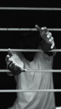 摄影 窗户 伸手 黑白 创意