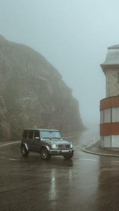 奔驰 吉普 越野 汽车 山路 雾气