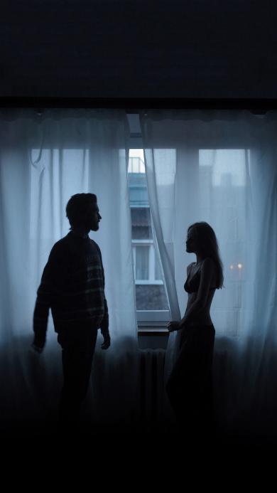 情侣 爱情 室内 窗帘