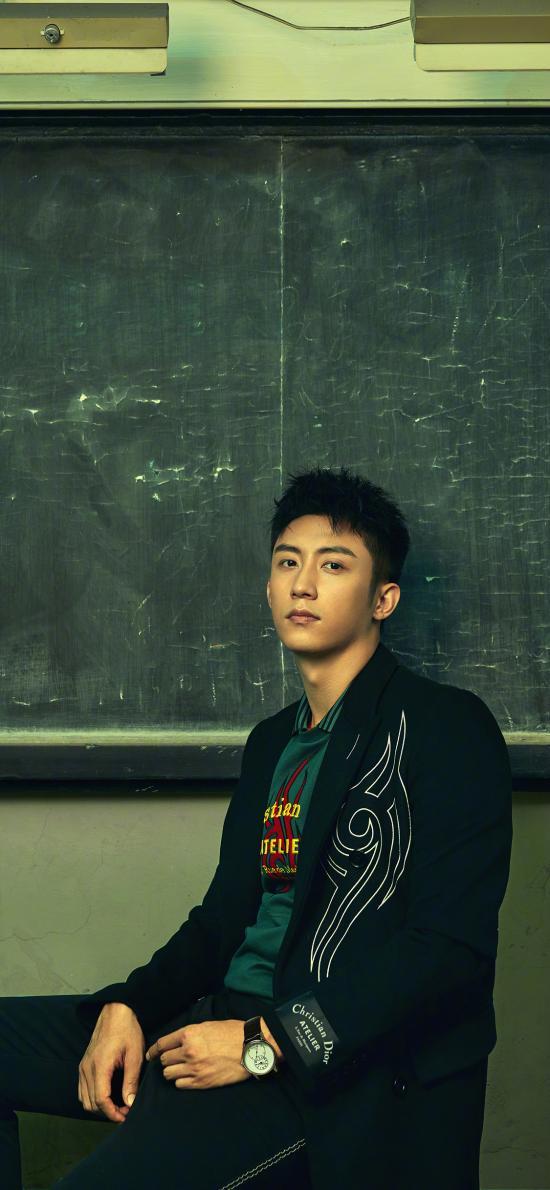 黃景瑜 演員 明星 藝人 時尚 寫真 黑板