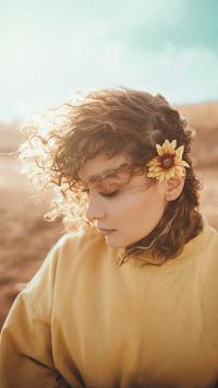 欧美 侧颜 花朵 卷发