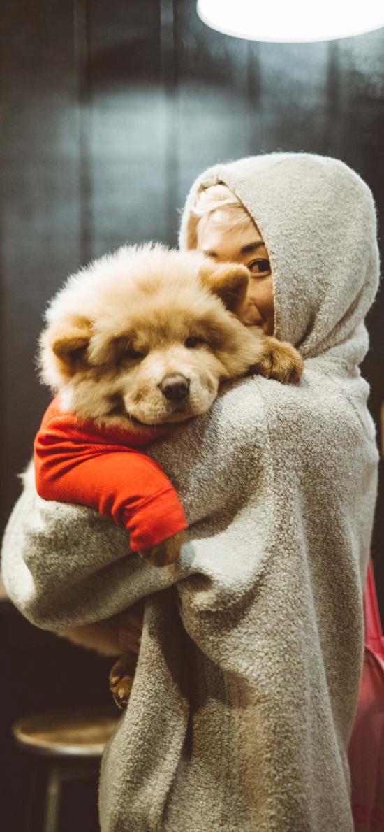 女孩 寵物狗 松獅犬 合照