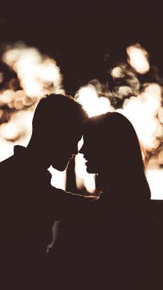 情侣 侧颜 拥吻 爱情