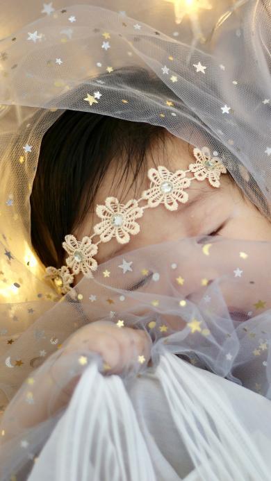 幼儿 艺术照 灯光 纱布