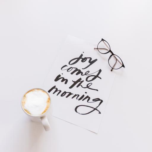 静物 in the morning 咖啡 眼镜