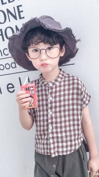 董泽宸 儿童 小男孩 潮服 童模 渔夫帽