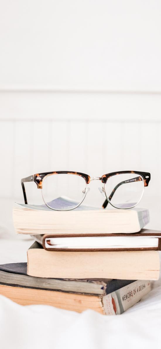 靜物 眼鏡 書籍 書本 堆積