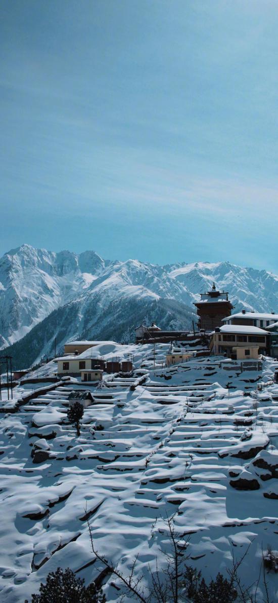 雪山 山峰 积雪 冬季 雪景 房屋