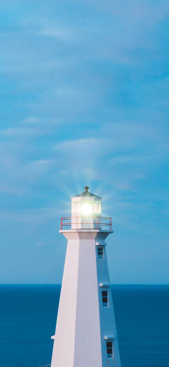燈塔 藍天 海岸線 照明 指向標