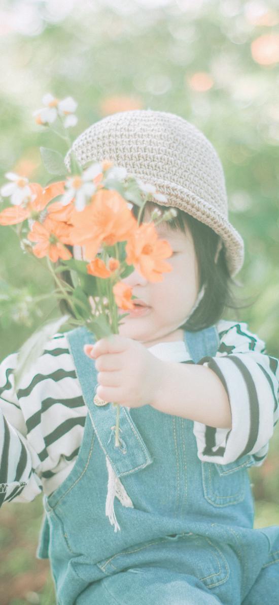 花束 可爱 短发 小孩