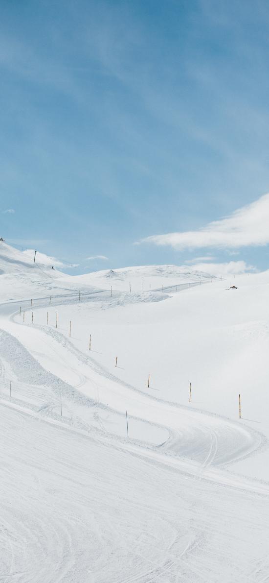 蓝天白云 山峰 白雪覆盖 雪景