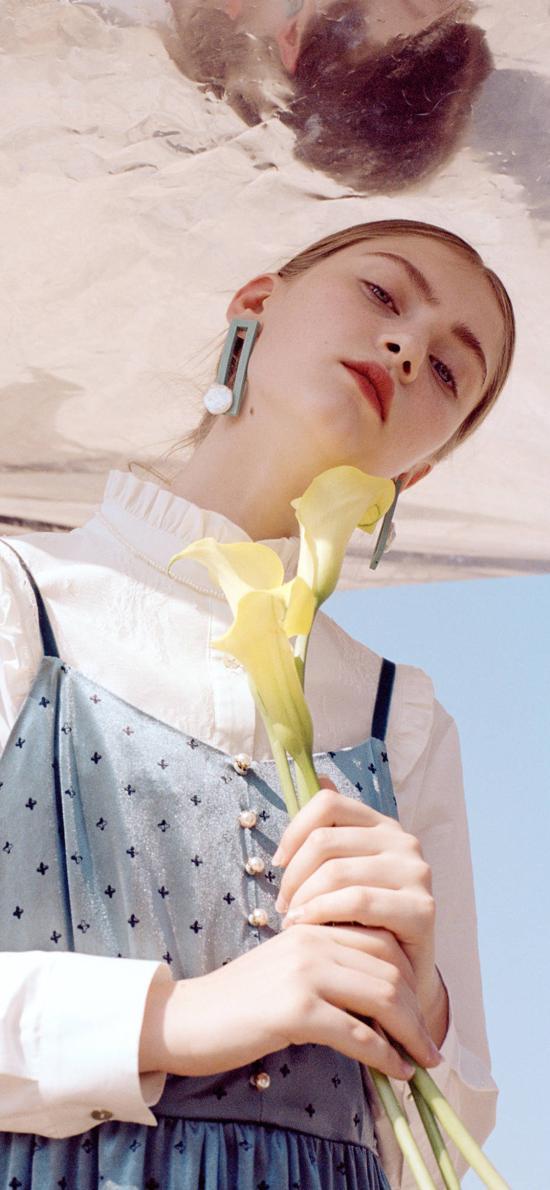 欧美 模特 鲜花 道具 服饰