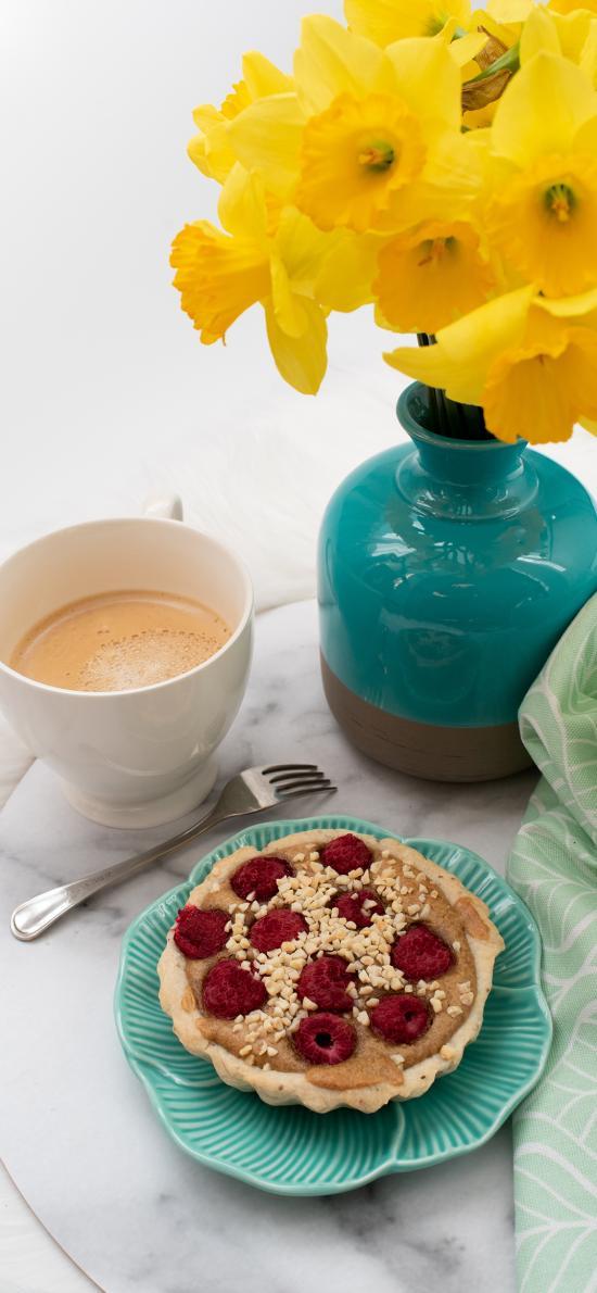 甜品 鲜花 花瓶 咖啡 派 蔓越莓