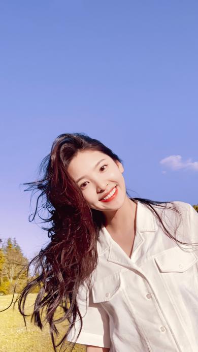 章若楠 演员 网红 明星 笑容