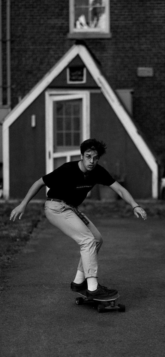 滑板 黑白 少年 街道