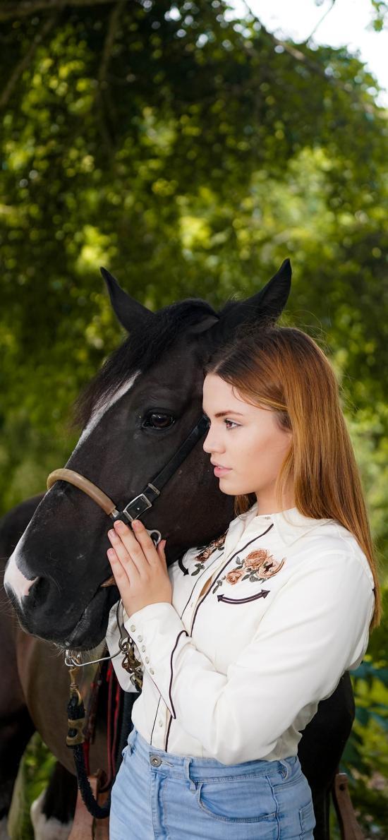 马匹 饲养 牲畜 女孩