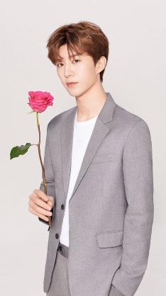 艺人 范丞丞 nine percent 玫瑰