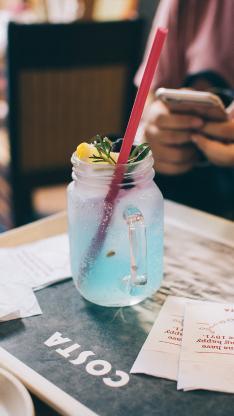 饮品 苏打水 玻璃瓶 吸管