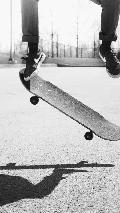 休闲 运动 滑板 跳跃 黑白