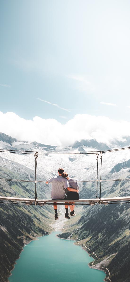 自然景區 郊外美景 橋 情侶背影