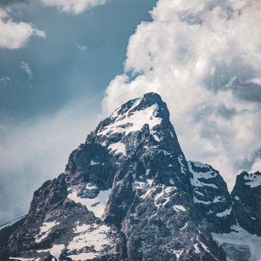 山峰 白雪 云朵 自然美景
