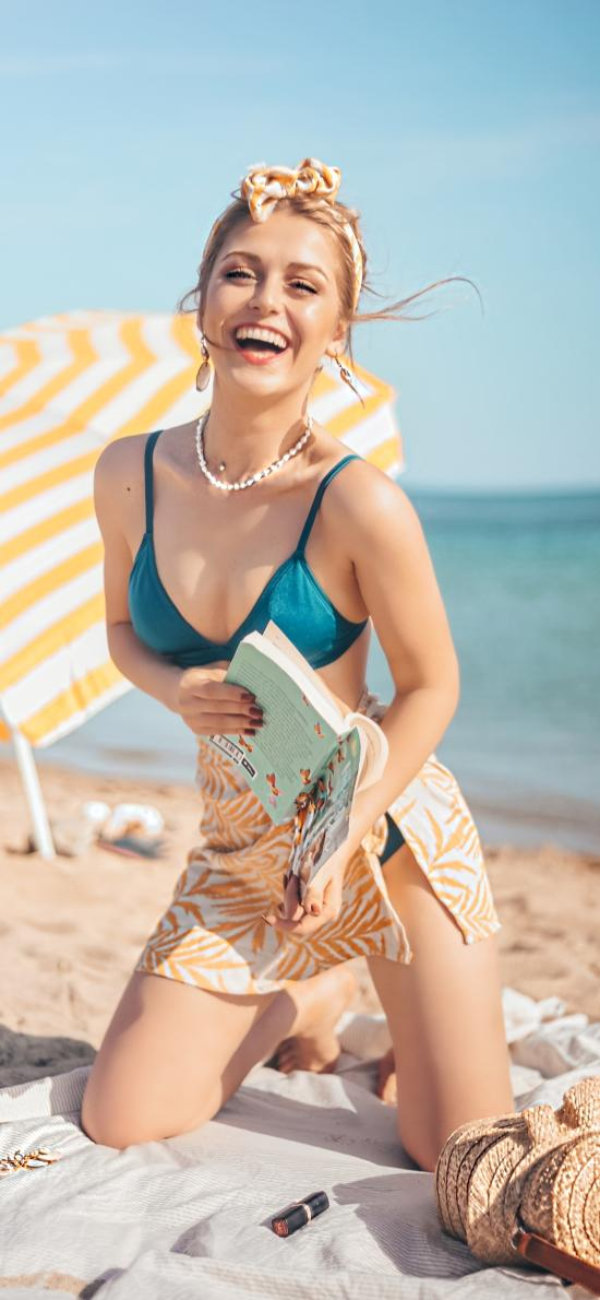 性感 沙灘 陽光 比基尼 笑容