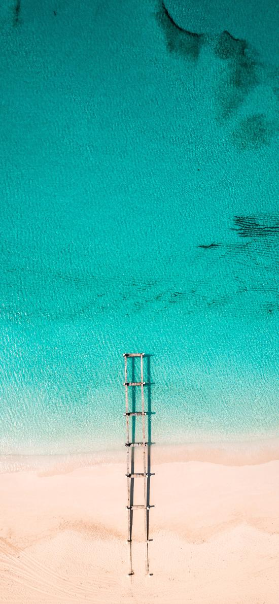 航拍 大海 沙滩 梯子