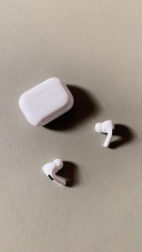 苹果 iPhone Pro 无线耳机