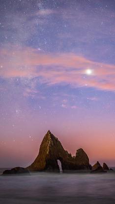 星空 渐变 礁石 夜晚