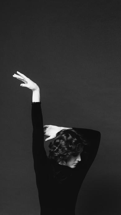 女孩 肢体 手臂 黑白