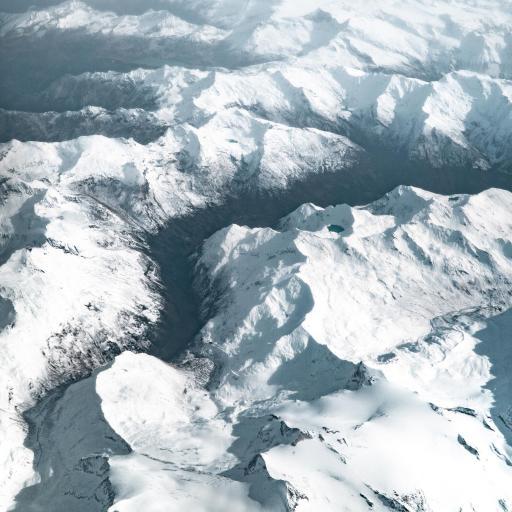 雪顶 航拍 雪峰 群山