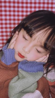 小女孩 可爱 儿童 闭眼