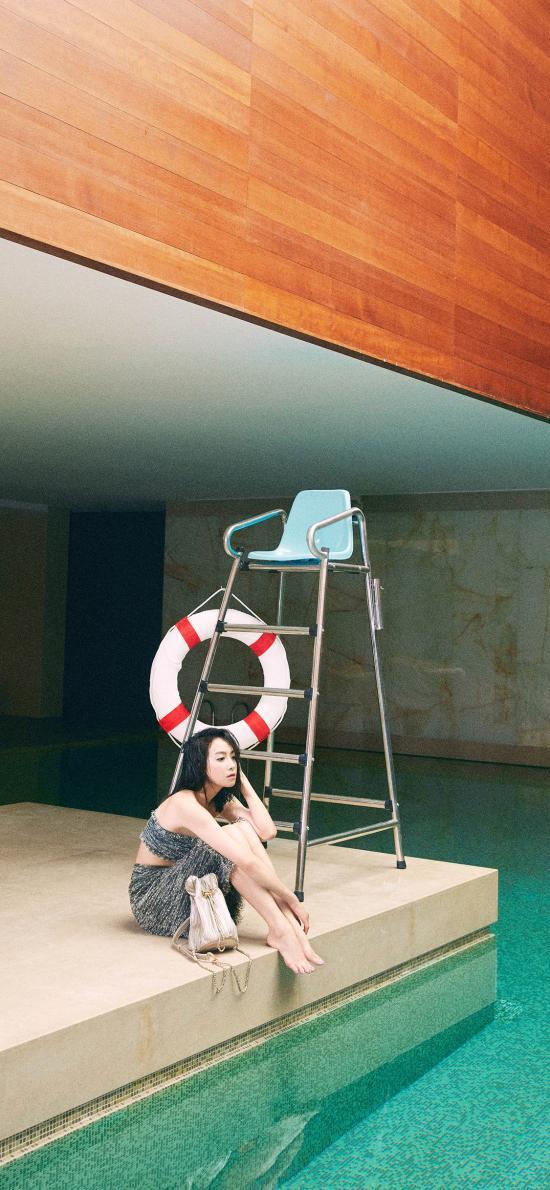宋茜 演员 明星 艺人 泳池 写真