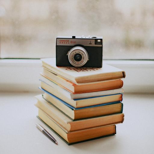 静物 书本 相机 摄影