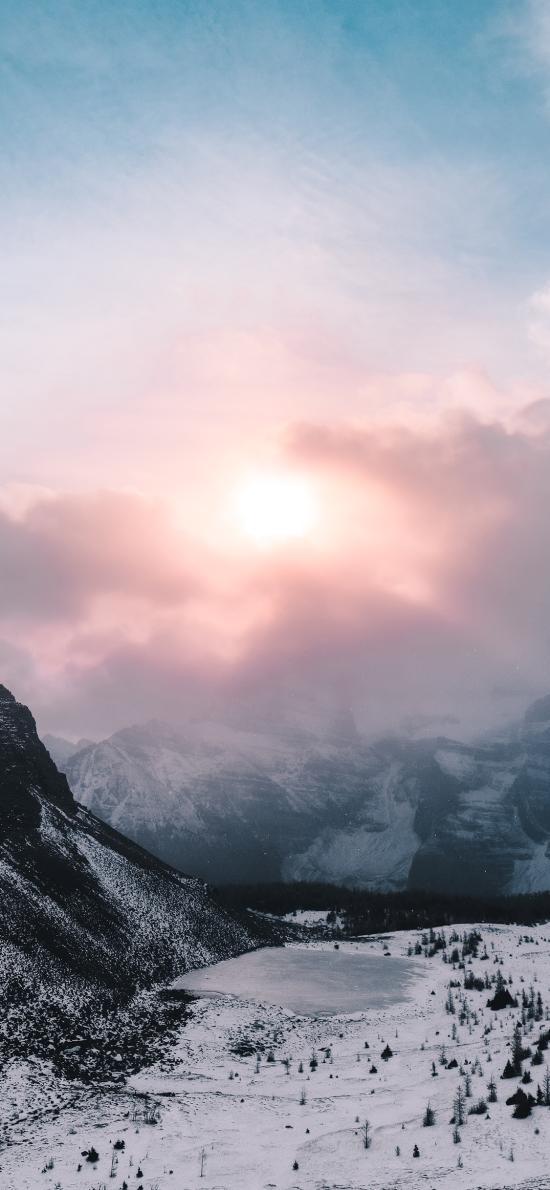 景色 陽光 云霧 雪季 山腳