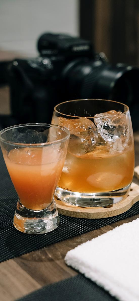 酒水 酒杯 玻璃杯 冰块