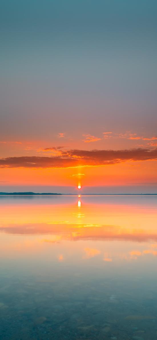 夕陽 日落 海平面 云彩